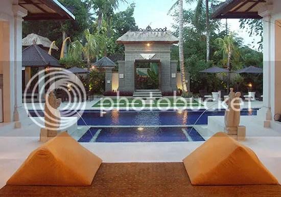 Pool, Garden & Gate