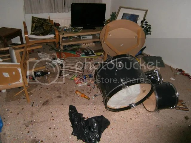 https://i0.wp.com/img.photobucket.com/albums/v20/Blackcat666x/IMVU/River%20Marked/college_party_destruction_22_zps53e71dbe.jpg