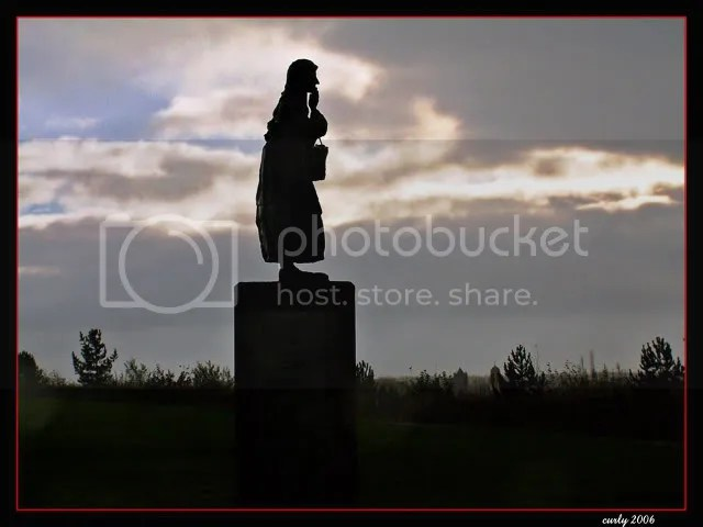 picture of Dolly Peel statue, South Shields