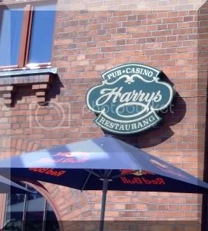 HarrysPub.jpg picture by corryjohan