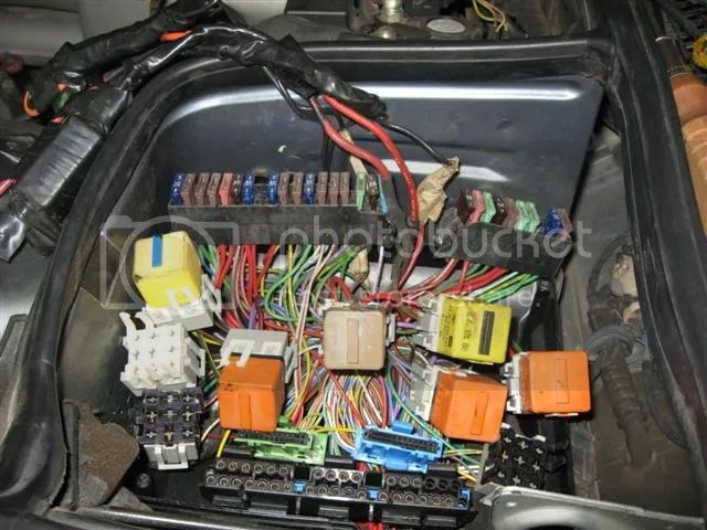 Further 2002 Bmw X5 Fuse Box Location On 90 Bmw 325i Fuse Box Diagram