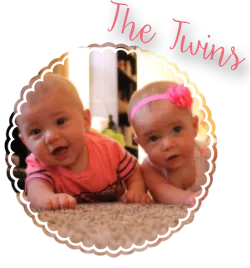 photo twins_1.png