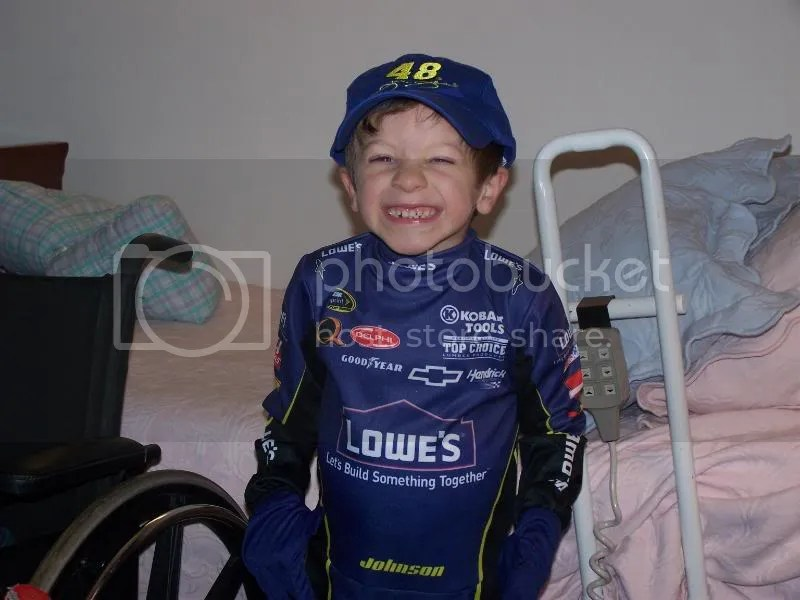 Look! I'm Jimmie Johnson! I'm going to win the Sprint Cup!!