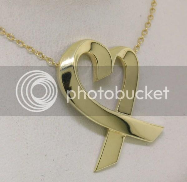 Rare Tiffany & . 18k Yellow Gold Large Loving Heart
