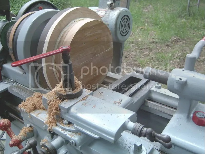How To Use A Wood Lathe Faceplate