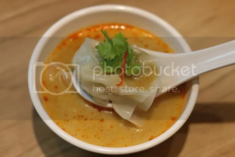 Tim Ho Wan Grand Opening Bedok Mall Jade Wanton in Laksa Soup