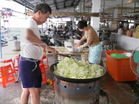 【好吃】「西港市場便所旁的蝦仁焢肉飯」 @ 臺灣第一香--西港慶安宮--西港仔刈香 :: 隨意窩 Xuite日誌