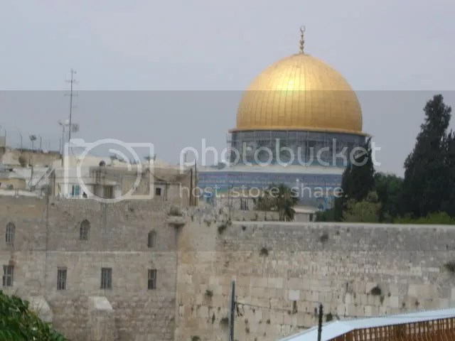 So beautiful and yet so off-limits and audaciously built right on top of the Temple Mount