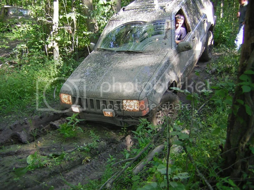 medium resolution of my 1989 jeep cherokee xj laredo has a 4 0l non h o inline 6 with auto tranny and a np 242 selec trac transfer case it is currently out of service due