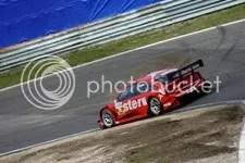 Heinz Harald Frentzen leidt de dans, Audi S, zondag