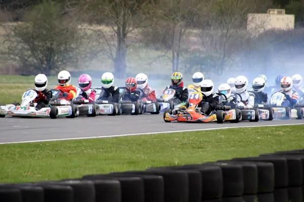 TKM rolling start - Jade on the 3rd row