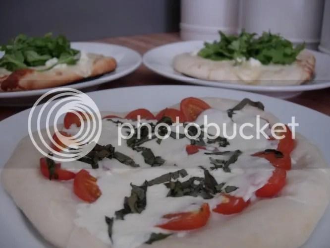 Pizza Margherita (garlic-free for Dad)