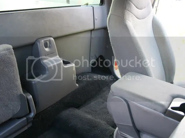 How To Install A New Carpet On A Ranger Ford Explorer