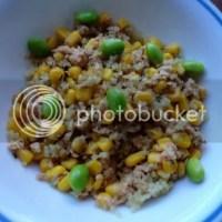 Quinoa with Salmon, Corn & Edamame