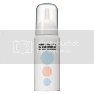 Shu Uemura UV Underbase – Awesome that it comes out as a mousse & it evens out your skintone, reduces redness and minimize the appearance of pores. It makes your makeup look flawless, use it before you apply your foundation!