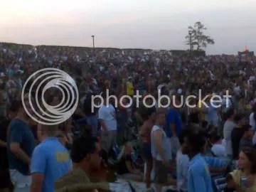 Crowd Left