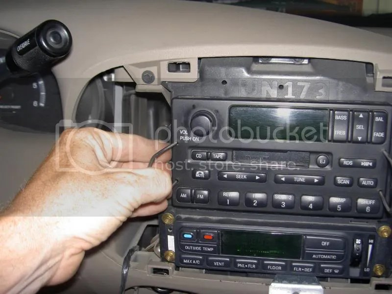 Ford Windstar Radio Wiring Diagram As Well Ford Escape Parts Diagram