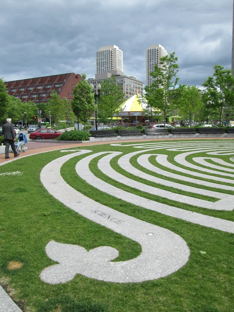 labyrinth in boston with tall buildings in background