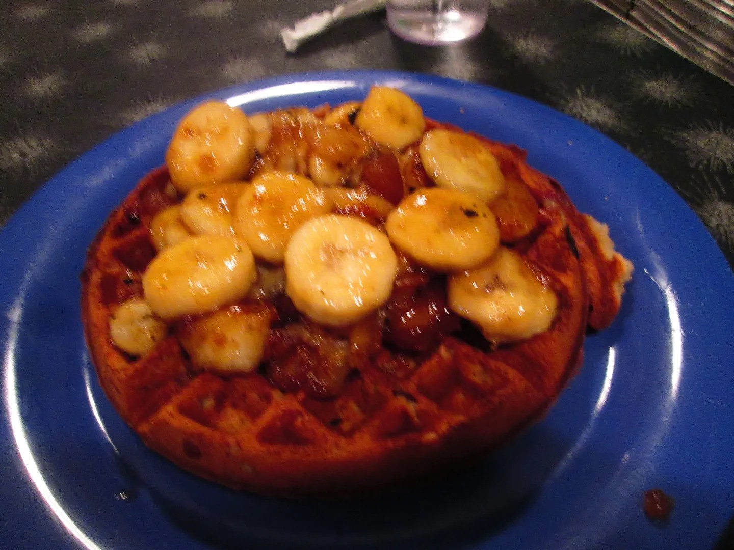 waffle with caramelized bananas