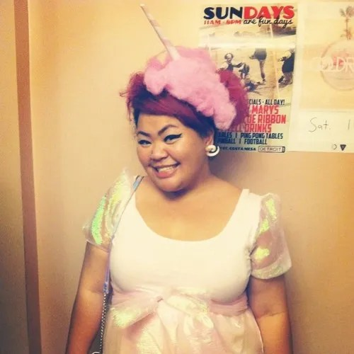 plus size outfit with iridescent pastel bow top and cotton candy headband