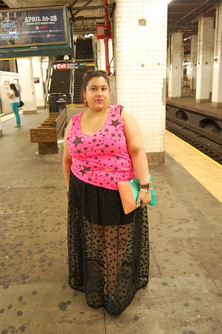 plus size outfit black sheer polka dot skirt and pink star top