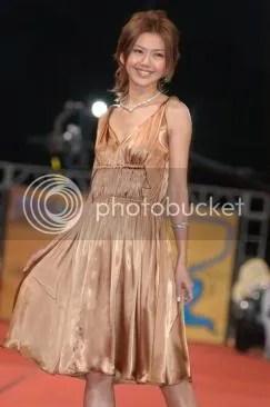 GMA 2006 YanZi At Red Carpet 3.