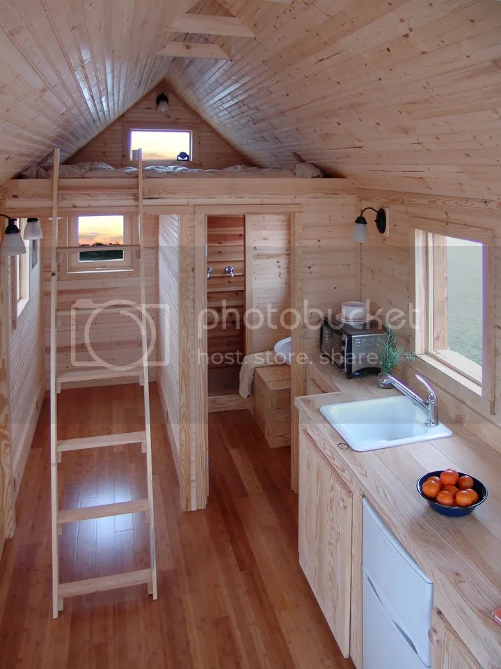 photo tiny-house-inside_zpsab3d507e.jpg