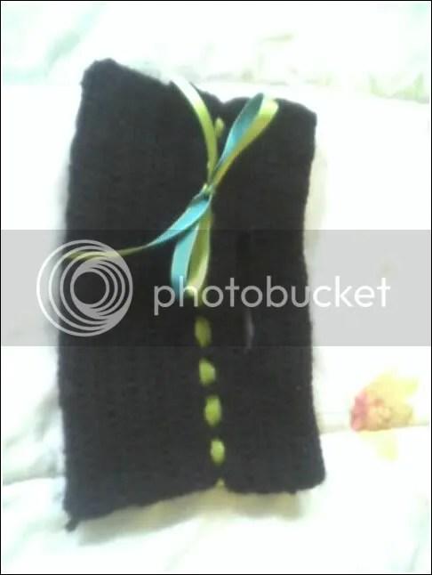 Clutch in black Wool Ease