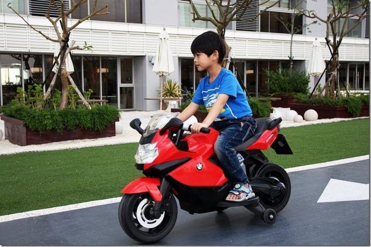台南。親子住宿 【HOTEL COZZI 和逸】小朋友的玩樂天堂 電動汽車/XBOX讓小朋友捨不得離開