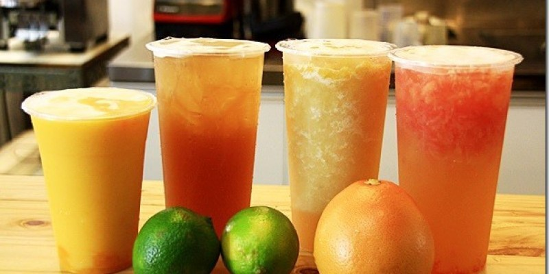 台中。飲品 【300%BAR】三倍濃醇新鮮有春的新鮮果汁征服你我挑剔的嘴