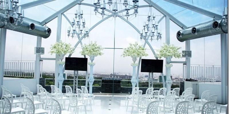 台中。婚宴會館|【球愛物語景觀婚禮會館】一生一次的婚禮 當然值得最好的水晶教堂