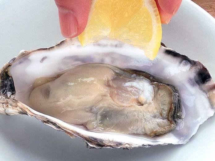 牡蠣の殻の上手な開け方