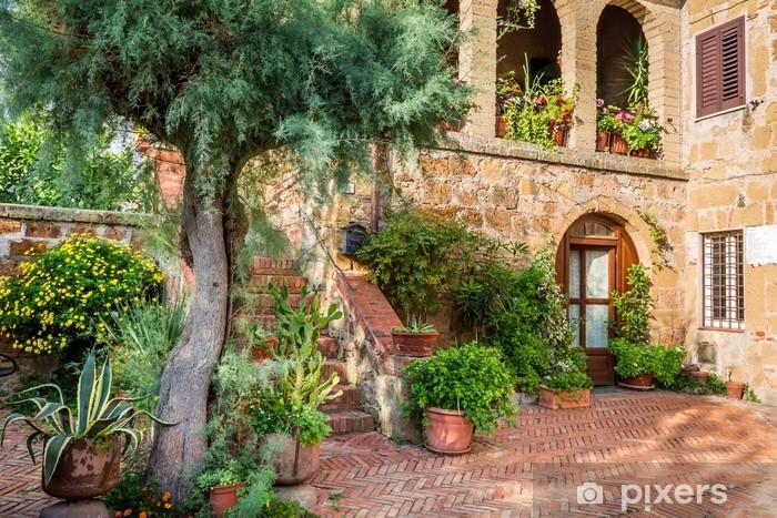 rideau occultant belle terrasse dans la ville ancienne en toscane pixers nous vivons pour changer