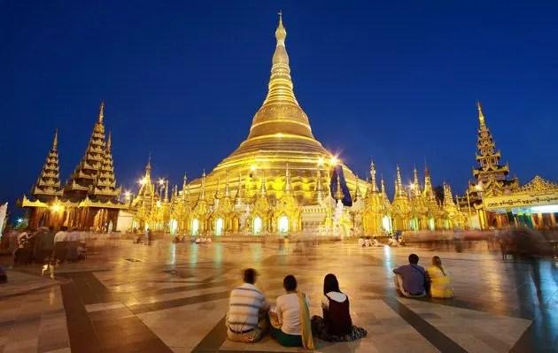 La capital actual de Myanmar desde el 2006 es Naypyidaw (intenten pronunciar eso). La anterior, Yangon, posee uno de los templos budistas más sagrados. Esto es porque dentro de él están 8 cabellos que se presumen son de Siddhartha Gautama, el Buda.