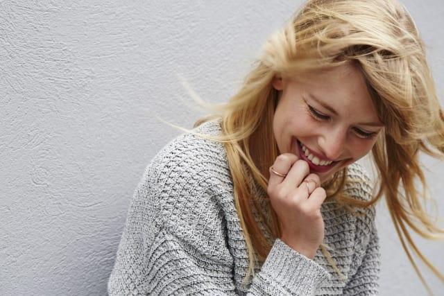 Tener menos cansancio físico, parece ser la principal razón por la que las mujeres sufren menos al terminar una relación.