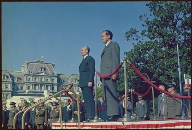 El sha, Reza Pahlaví, junto al presidente de EEUU, Richard Nixon, en la Casa Blanca.