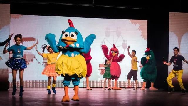 Más de 20 actores en escena traen por única ocasión el musical de  La Gallina Pintadita , el cual ha sido un éxito en la televisión. TEATRO RAMIRO JIMÉNEZ, 13:00 Y 16:00 HORAS. 300 PESOS A 450 PESOS EN TAQUILLAS.
