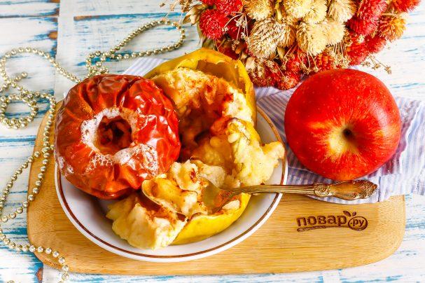 Запеченные яблоки для детей