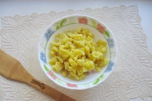 "Салат ""Мышка"" с сыром - фото шаг 3"