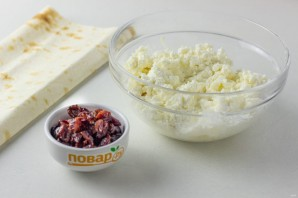 Закусочный рулет с сыром - фото шаг 2