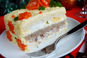 Закусочный бутербродный торт с рыбой - фото шаг 7