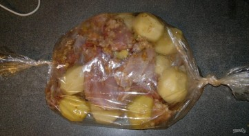 Nyúl recept a sütőben burgonyával - Fotó 6. lépés