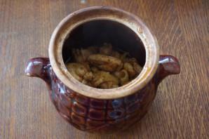 Чанахи в горшочках с фасолью - фото шаг 5