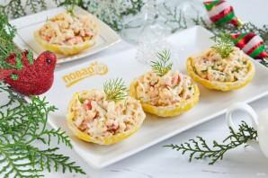 Рыбный салат в съедобных тарелочках - фото шаг 6
