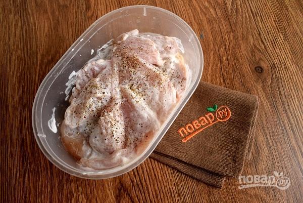 Сочные куриные грудки в сметане