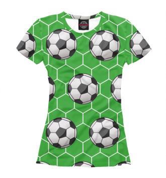 Женская Футболка Футбольные мячи на зеленом фоне