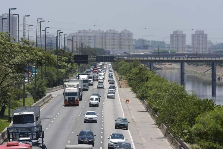 Marginal do Tietê, que poderá ser entregue à iniciativa privada