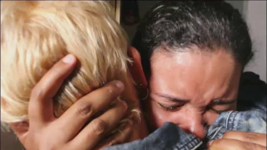 A moça só conseguia chorar ao conhecer Xuxa+ Xuxa aprende a surfar com o campeão Gabriel Medina> Acesse o R7 Play e assista na íntegra a todos os programas da Record! Clique e experimente de graça!