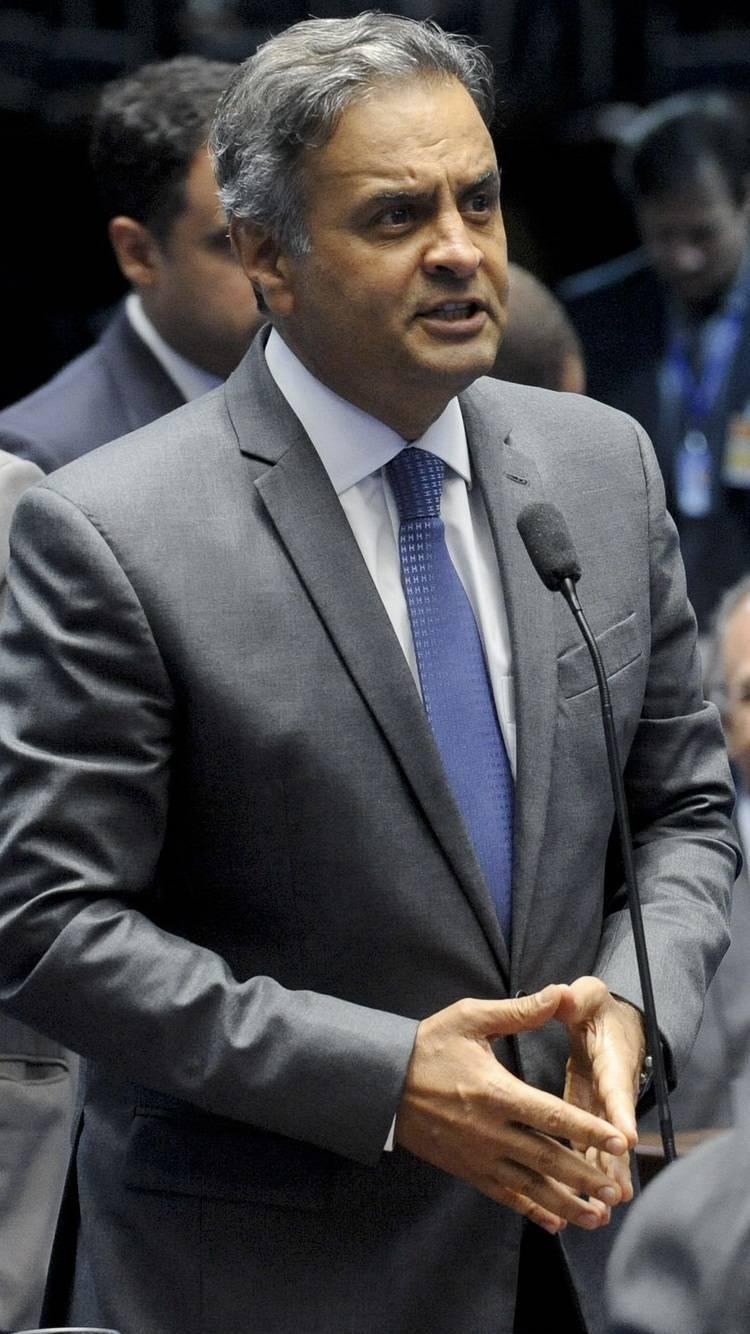 PGR pede para que STF aceite denúncia contra Aécio