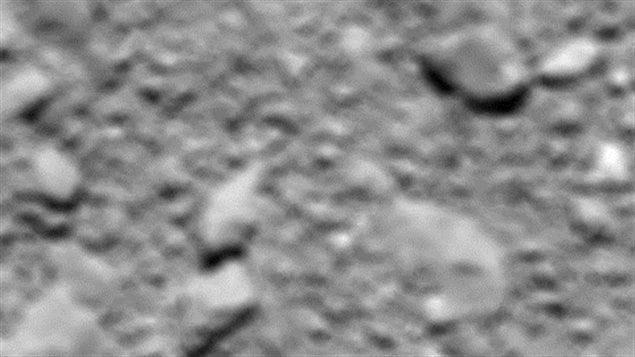 La dernière photo de Tchouri prise par Rosetta avant de se fracasser sur la comète.